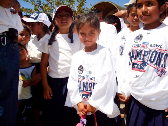 6e9b37855 Girls from Nicaragua wearing losing Patriots super bowl shirts