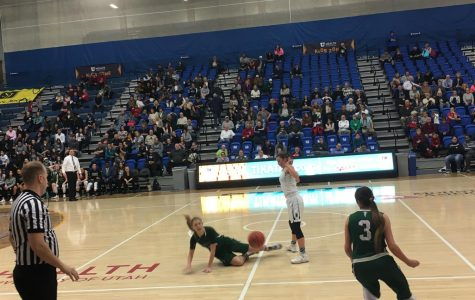 Girls basketball challenges Clearfield at state