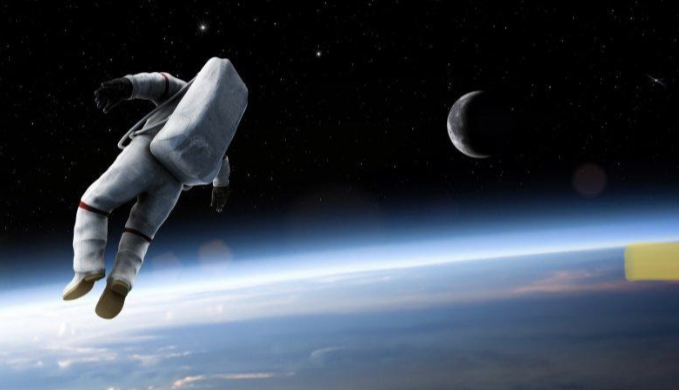 gravity+allowing+an+astronaut+to+float+in+the+atmosphere.